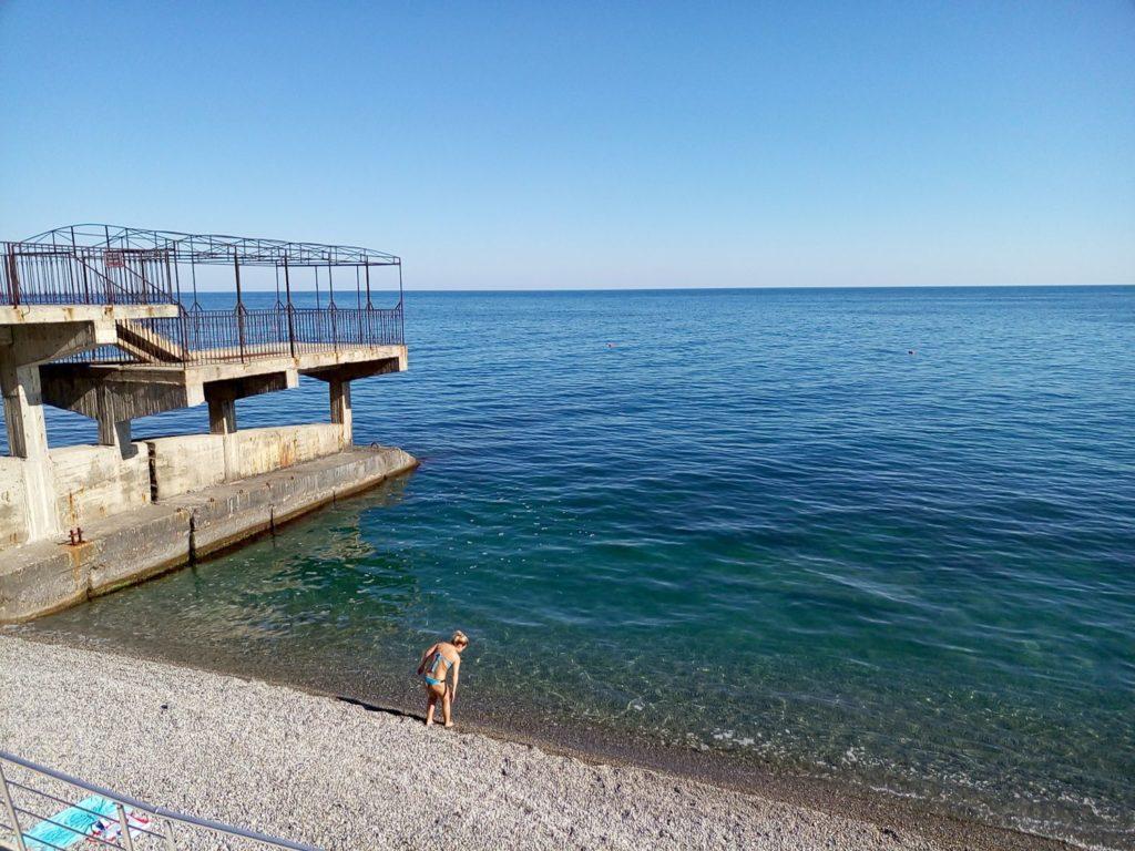 море фото пляж в Ялте 3-yalta-villa-nikita-2016-06-5