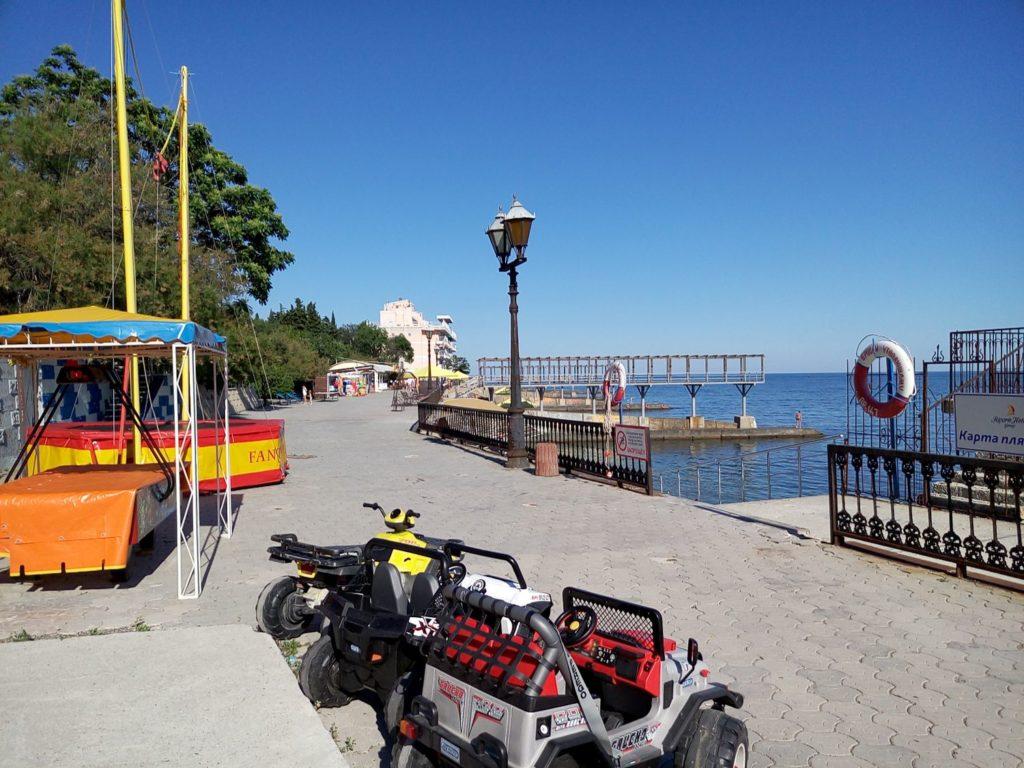 море фото пляж в Ялте 3-yalta-villa-nikita-2016-06-6