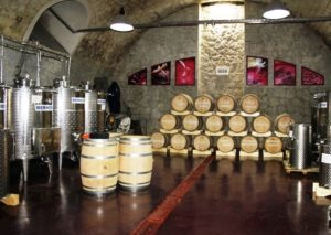 винодельня в старинном подвале Гурзуфа