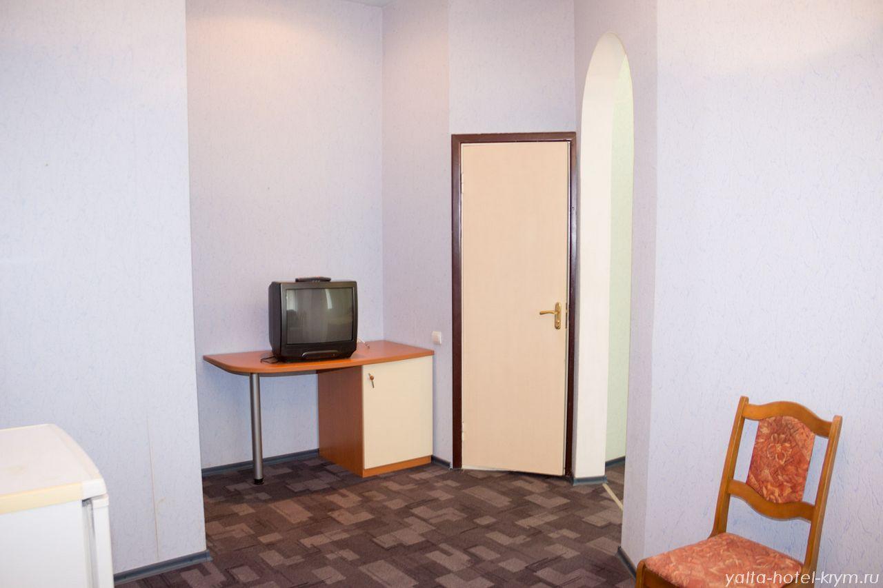 yalta-park-hotel-krym-n102-5