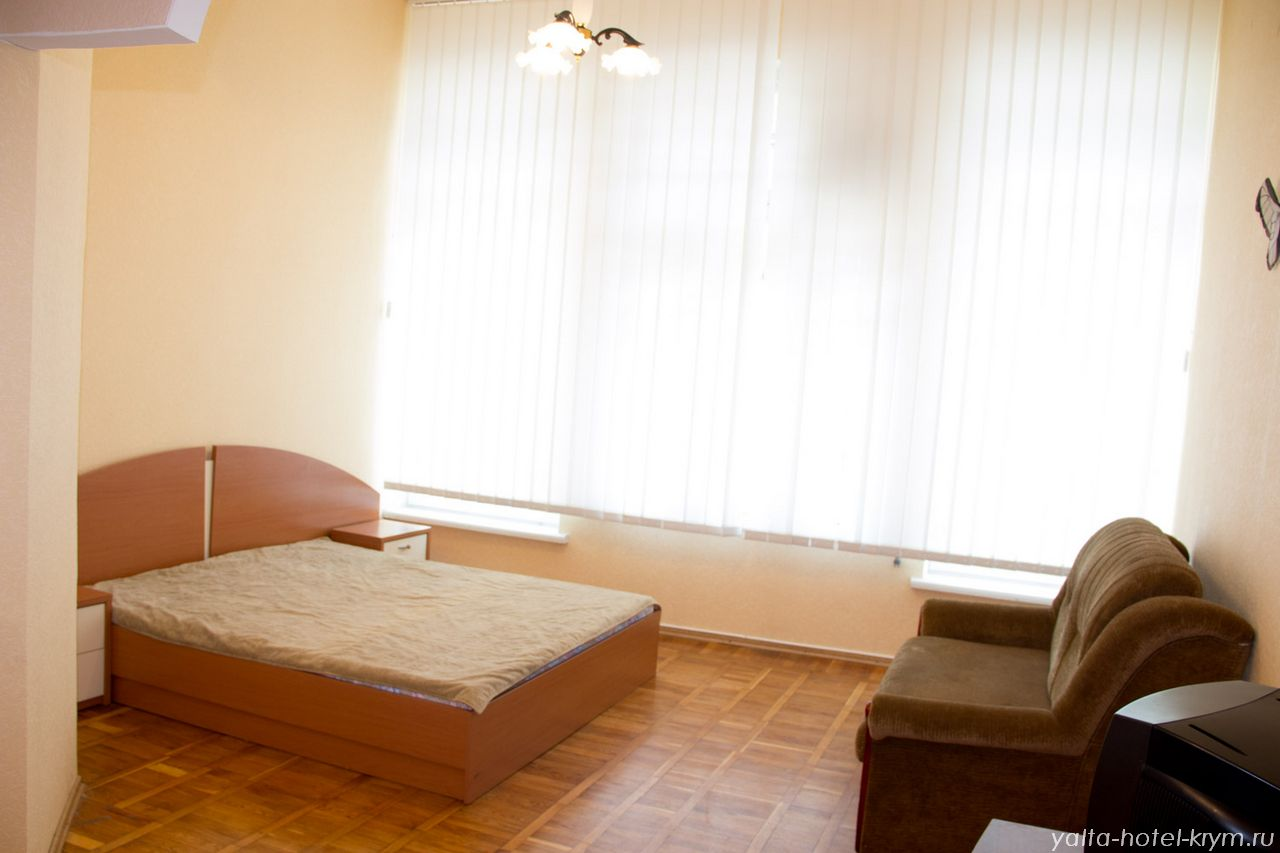 yalta-park-hotel-krym-n108-1
