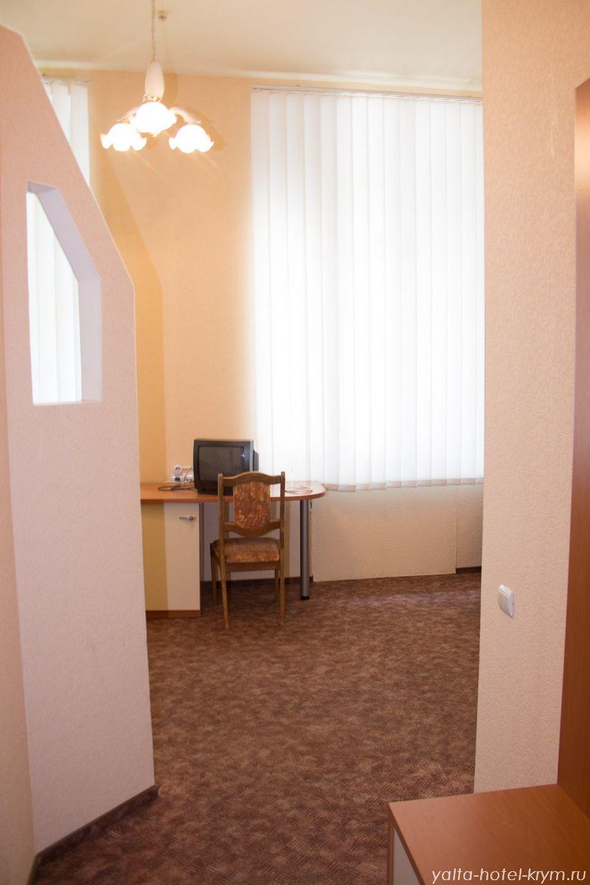 yalta-park-hotel-krym-n203-2