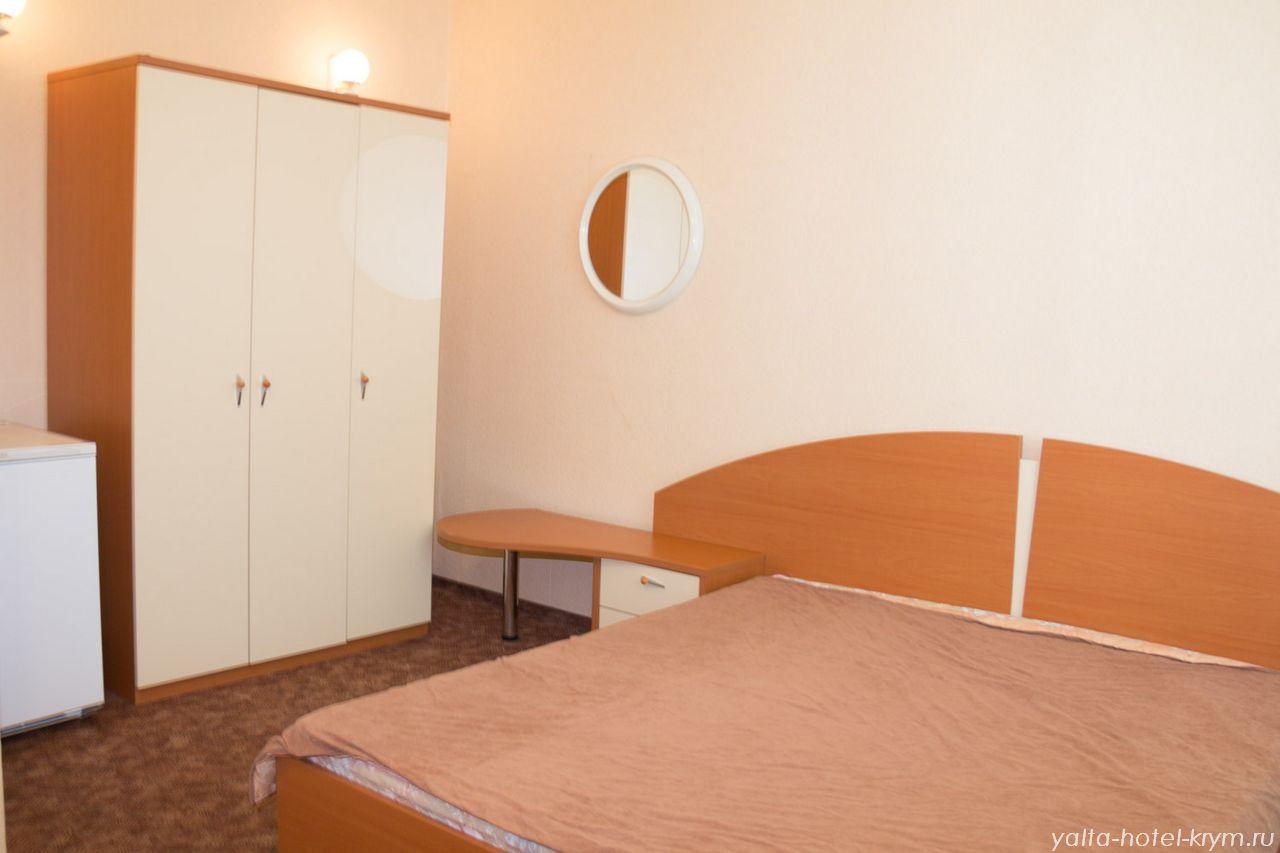 yalta-park-hotel-krym-n203-4