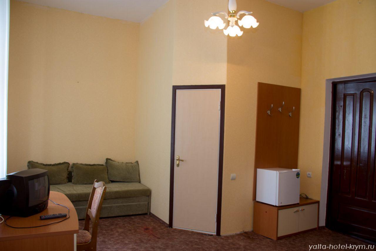 yalta-park-hotel-krym-n204-3