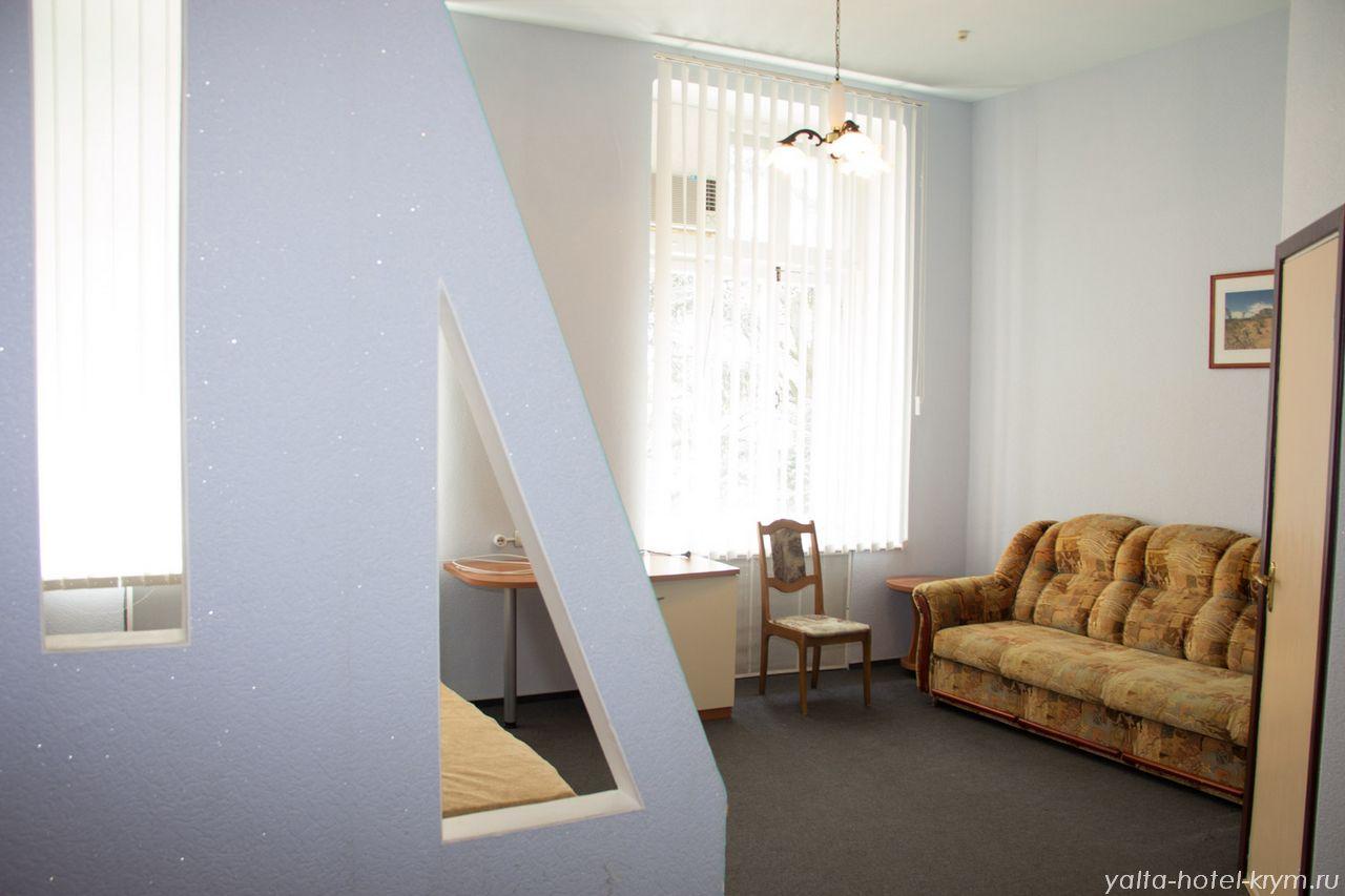 yalta-park-hotel-krym-n208-1