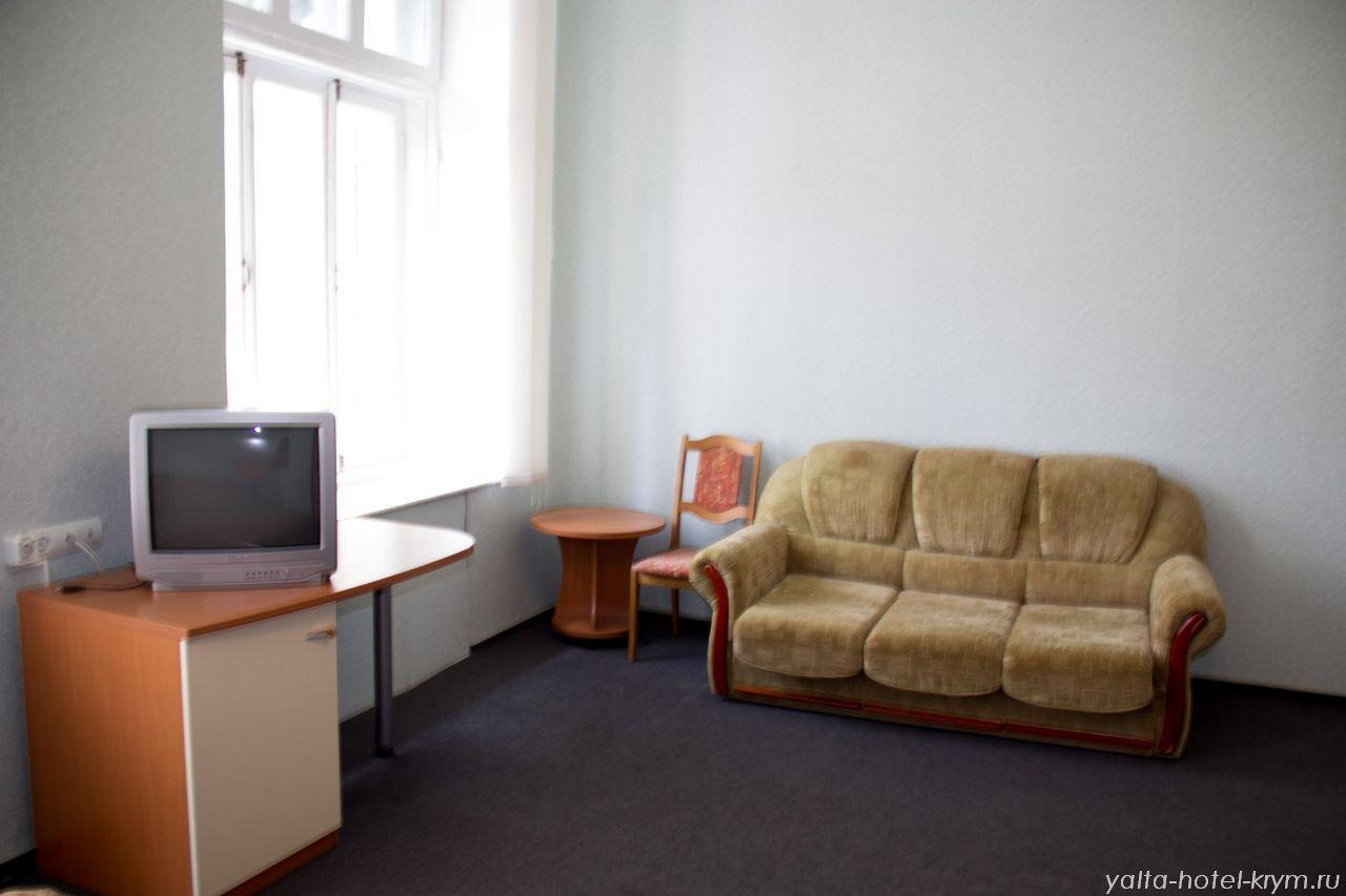 yalta-park-hotel-krym-n210-2
