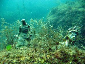 Аллея Вождей - Подводный музей на мысе Тарханкут -mfEqBzBMn0