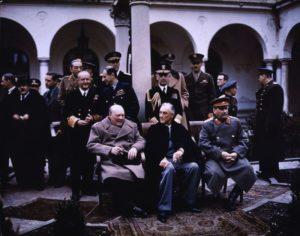 Домик Сталина и шалаш Брежнева примут туристов в Крыму